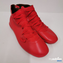 Auktion Rote Schuhe